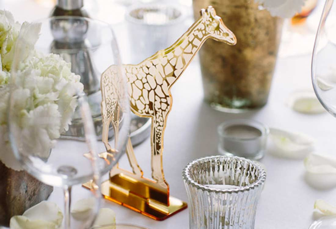 Laser Engraved Gold Mirror Acrylic Free Standing Giraffe